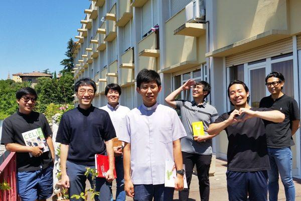 corean priests italian school DB